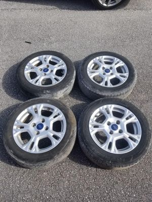 Rims 15 ford 4 lugs 108 mm for Sale in Davie, FL