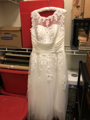 Ivory wedding dress size 14 for Sale in Suffolk, VA