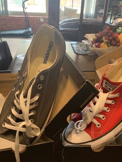 Converse tennis shoes unisex size 12 men's $40 for each pair for Sale in Oklahoma City,  OK
