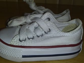 Converse Chuck Taylor Infant Size 2 for Sale in Oklahoma City,  OK