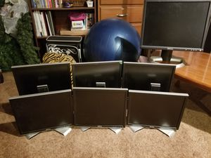 7 Dell Monitors. for Sale in Goddard, KS