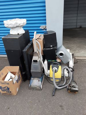 Free - pending pick up for Sale in Puyallup, WA