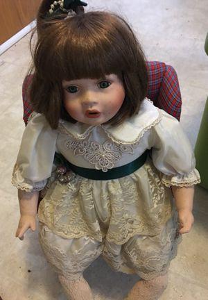 "18"" antique collector doll for Sale in Seneca, SC"
