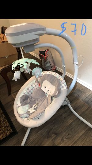baby swing for Sale in Pflugerville, TX