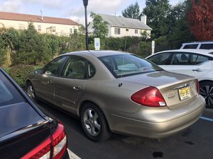 2001 Ford Taurus- dependable! for Sale in Edison, NJ