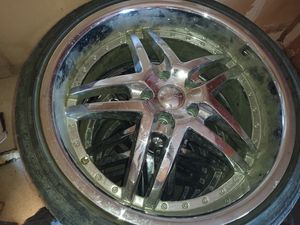 "20"" 5 lug 4.5"" (114.3) U2 chrome rims for Sale in Fresno, CA"