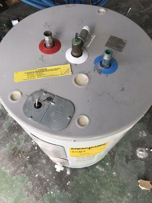 Water heater tank for Sale in Hialeah, FL