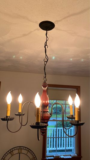 Chandelier light fixture. Make and model unknown for Sale in North Attleborough, MA