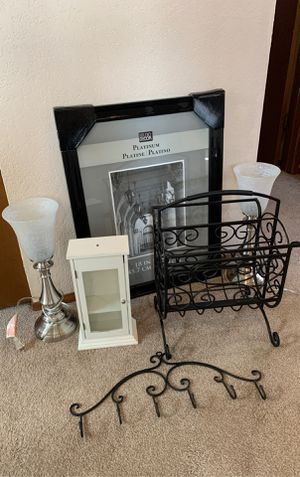 Misc. house or apartment stuff - Lamps, picture frame, magazine rack etc. for Sale in Everett, WA