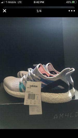 $100 adidas AM4LDN Speedfactory sz. 10 for Sale in Bell Gardens, CA