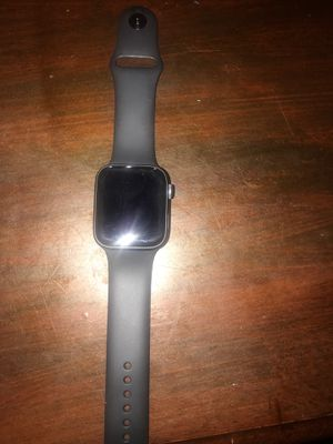 Brand new Apple Watch gen 4 44mm for Sale in Halethorpe, MD