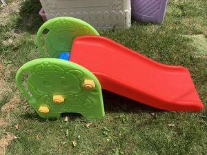 Small infant/toddler slide. 2 steps. In excellent condition. for Sale in Chicago, IL