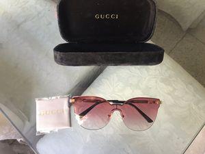 Pink Gucci sunglasses for Sale in Vallejo, CA
