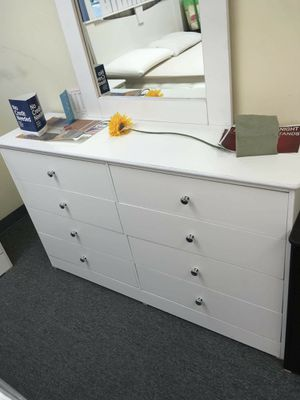Brand new 8 drawer dresser with mirror for Sale in Mission Viejo, CA