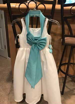 Girls white dress for Sale in Elgin, IL