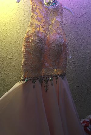 Prom dress pink size small for Sale in Tampa, FL