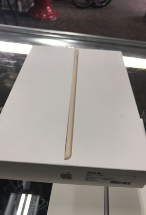 Apple 32GB IPAD 5Th GEN in Box!!! for Sale in Baltimore, MD