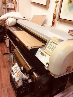 Falcon Outdoor Eco-Solvent Wide format printer for Sale in The Bronx, NY