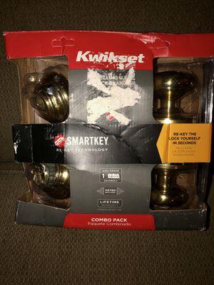 Kwikset 2 Knob & Deadbolt Combo Pack for Sale in Philippi, WV
