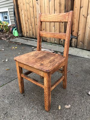 Vintage Oak Small Student Chair for E-Learning, very Sturdy, stamped 1954, $15 for Sale in Villa Park, IL