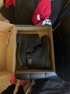 Timberland boots all black size 8 worn once!!!! 75$ for Sale in District Heights, MD