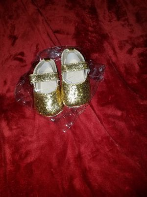 Infant glitter baby doll shoes $7 for Sale in St. Louis, MO