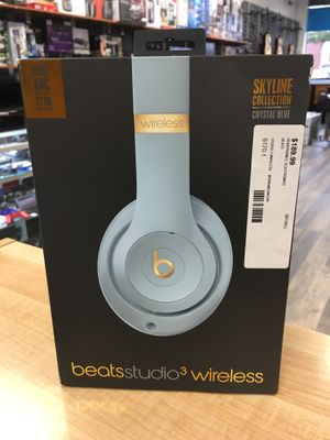 Beats by Dr Dre Studio 3 Wireless Headphone Skyline Crystal BLUE for Sale in Saugus, MA
