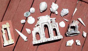 Greek Coliseum Ruins Fish Tank Decor Set for Sale in Hemet, CA