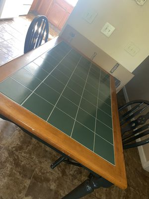 Kitchen table with 2 chairs for Sale in Shingle Springs, CA