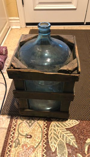 Antique 5 gallon glass bottle with case for Sale in Upland, CA