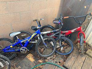 3 bikes, $40/ea Schwinn falcon, Schwinn Aerostar, Kent Ambush for Sale in Santa Ana, CA