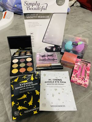 Makeup Bundle for Sale in Houston, TX