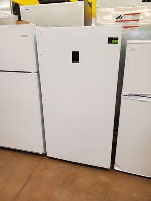Insignia Upright Freezer for Sale in Whittier, CA