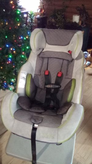Everflo car seat for Sale in Yakima, WA