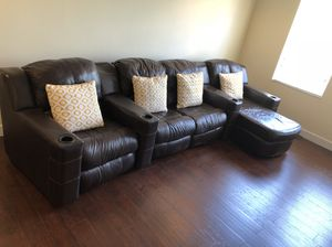 Big brown leather section couch for Sale in Saint Cloud, FL
