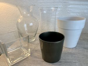 Vases and plant pots - set of 5 for Sale in Fort Lauderdale, FL