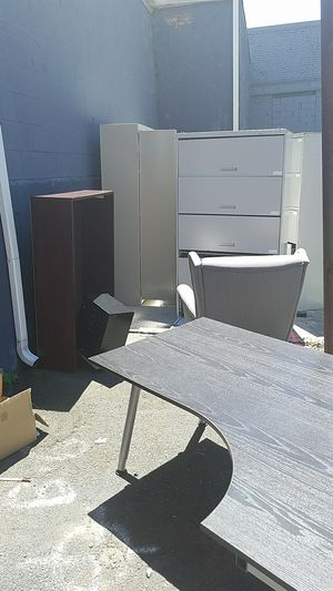 Free Office Furniture for Sale in Boston, MA