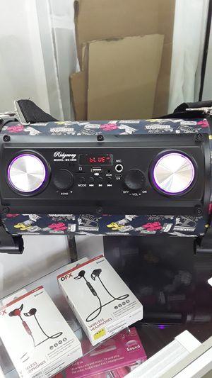 Ridgeway bluetooth speaker for Sale in Dallas, TX