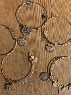 Alex & Ani Bracelets $18 Each for Sale in Milwaukie,  OR