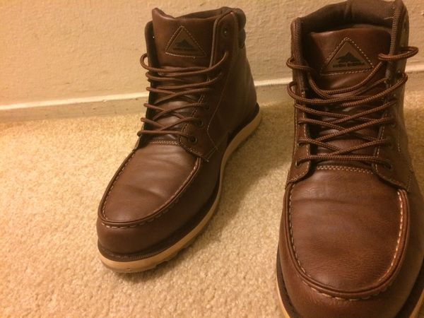 Shoe/boots/shoes