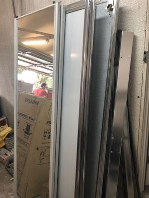 Closet doors for Sale in Los Angeles, CA