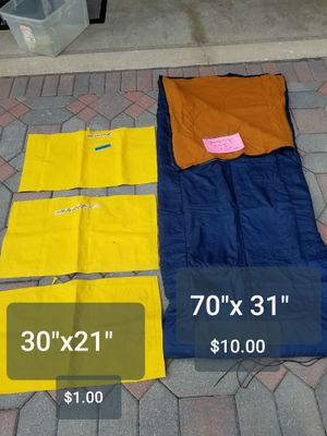 """Sleeping bag 70""""x31"""" 3 inflatable pillows that also can be used on a boat floating device for Sale in Downers Grove, IL"""