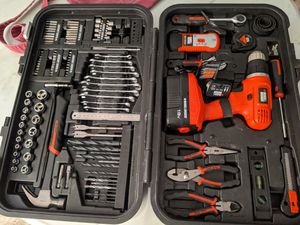 Black & Decker Cordless Drill with Tool Kit for Sale in Margate, FL