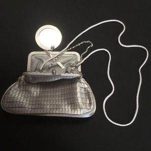 Grey Handbag for Sale in Hialeah, FL