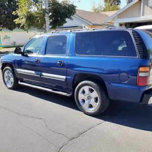 2003 Chevy Suburban for Sale in Perris, CA