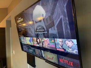 55 Inch Roku Smart Tv for Sale in Wichita, KS