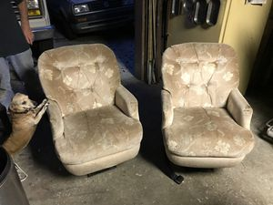 Seats 360 rotate from camper for Sale in San Antonio, FL