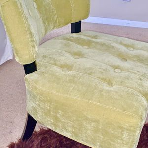 Green Velour Lounge chair for Sale in San Diego, CA