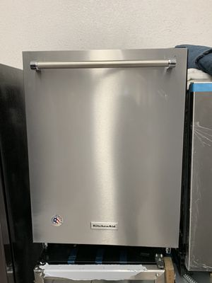 "KitchenAid 24"" Dishwasher for Sale in Bell Gardens, CA"