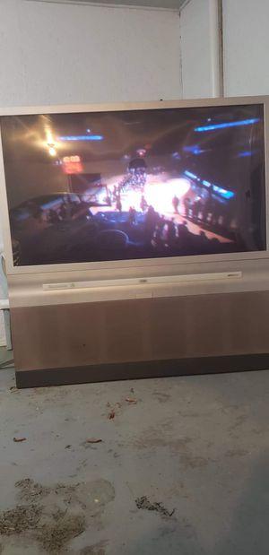 65 inch floor model tv for Sale in Soperton, GA